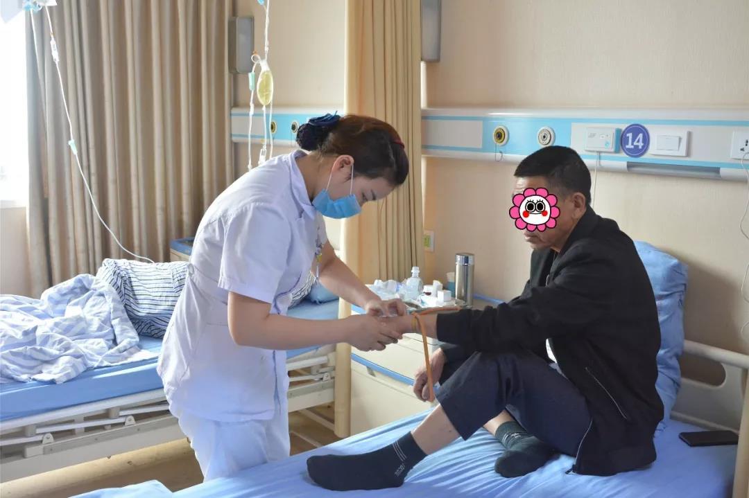 护士节   总有一群人,能够给我们带来一些甜!