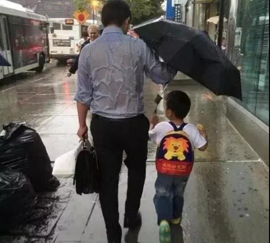 父亲节专属 今天仁品爸爸们的体检由仁品买单!